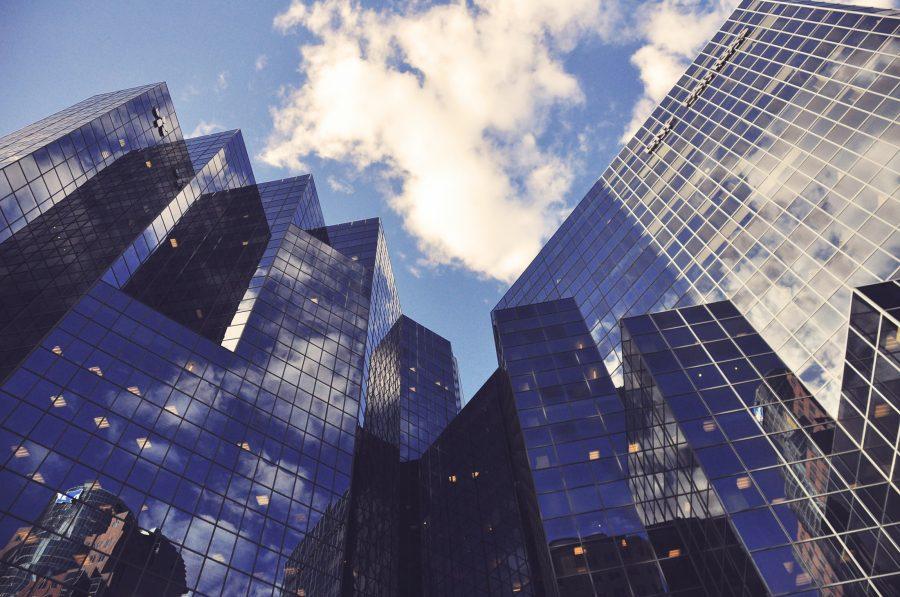 areto Referenz POC DWH Modernization Banking Photo by Floriane Vita on Unsplash